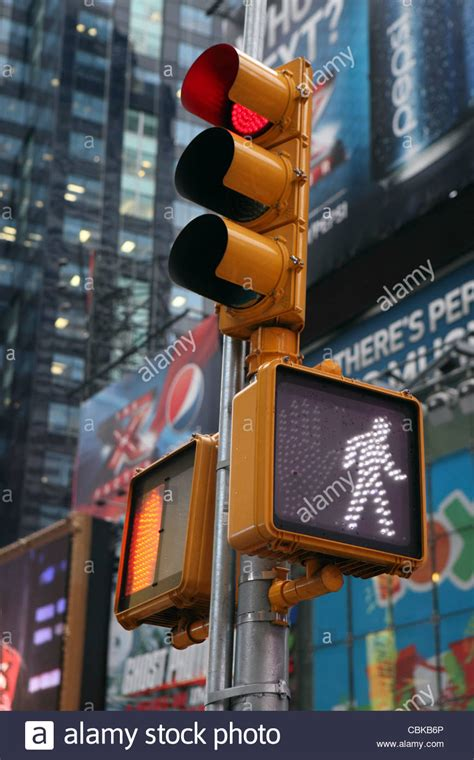 light nyc pedestrian traffic light times square manhattan