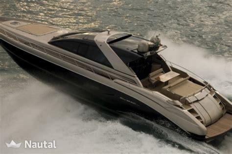 riva yacht noleggio noleggiare yacht riva 68 a porto di mergellina cania