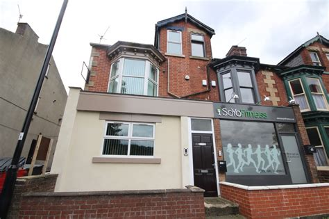 appartments in sheffield student apartment for 2 at 11 rustlings road s11 7aa in