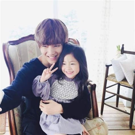 bts v siblings photoshoot bts little sister cute pics with child
