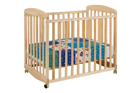 How Big Is A Mini Crib Alpha Mini Rocking Crib Davinci Baby
