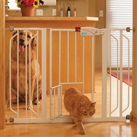 Baby Gate With Pet Door by Baby Gates Babycenter