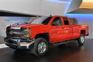chicago 2015 chevrolet silverado hd cng wants to conserve