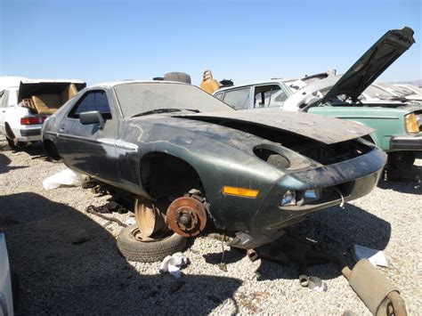 porsche 928 spares junkyard find 1982 porsche 928 the about cars