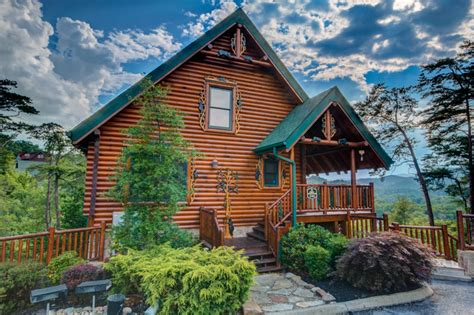 4 bedroom cabins in pigeon forge tn pigeon forge tennessee usa luxury 4 bedroom three
