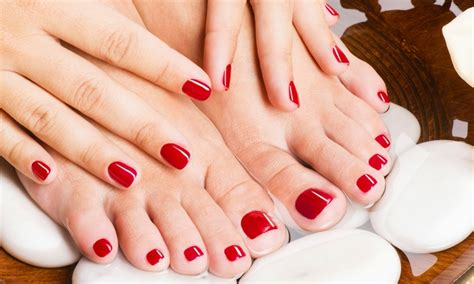 Manicure Pedicure Di Salon by Gelish Manicure Or Pedicure Blush Nails Groupon