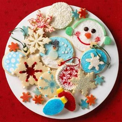 unique ways decorate christmas cookies holidays pinterest
