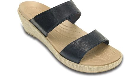 crocs womens a leigh 2 mini wedge