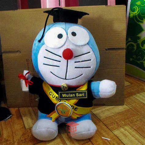 Boneka Doraemon Wisuda boneka wisuda doraemon universitas jambi kado wisudaku