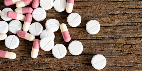 Obat Tramadol Per beromzet rp 400 juta per bulan 2 pengedar obat palsu
