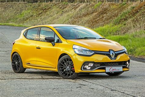 renault clio renault clio rs 220 edc trophy 2017 review cars