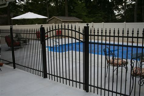 how much does it cost to fence a backyard aluminum fencing cost bryant fence company