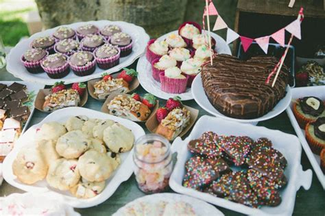 A Picnic Baby Shower The Sweetest Occasion Baby Shower Buffet