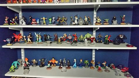 disney infinity collector sideshow featured collector brainard sideshow