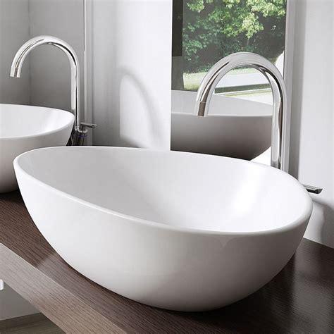bad waschbecken die besten 17 ideen zu badezimmer waschbecken auf