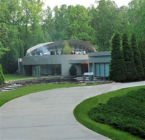 justin bieber house music justin bieber rents dallas austin s old house in atlanta gafollowers