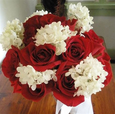 ramo novia con rosas rojas handspire