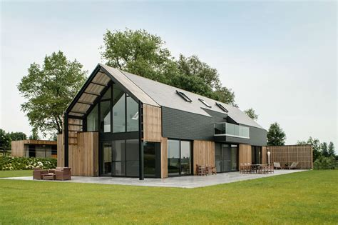 Contemporary Barn House | old belgian barn is transformed into a gorgeous