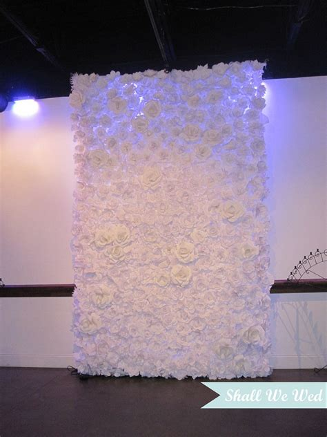 where to put the tissue paper in wedding invitations amazing endless handmade paper flower wedding backdrop
