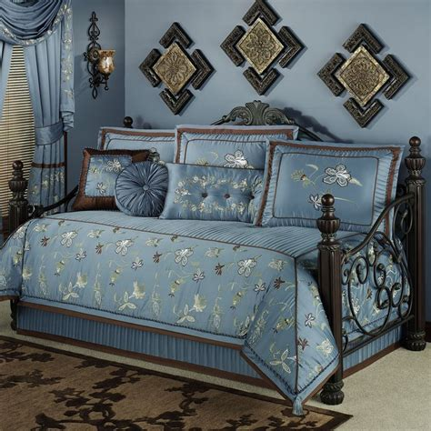 Day Bed Comforter Sets Sandpiper And Sea Oats Wall Set Set Of Two Home Design Home And Daybed Sets