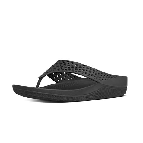 Comfort Sandal Fitflop Ringer fitflop fitflop design ringer welljelly flip flop sandals in black with a microwobbleboard