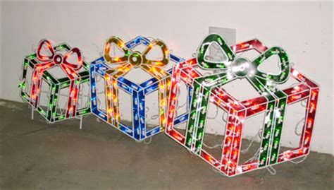 how to make a wire christmas gift box on pinterest outdoor gift decorations www indiepedia org