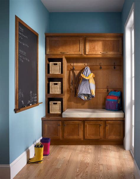 3 car garage mud room drop zone laundry room near master bonus 100 best drop zone laundry mudroom entryway images on