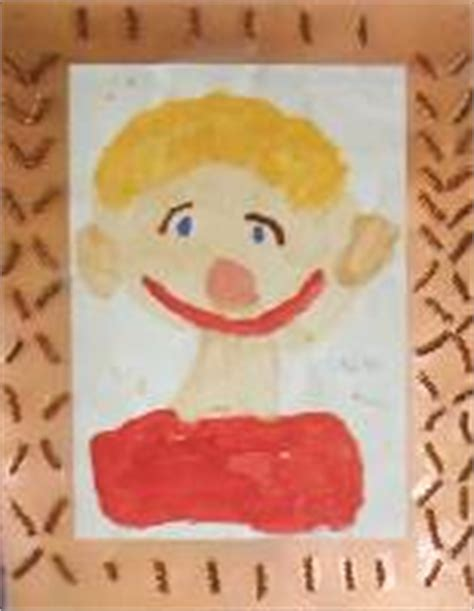 painting ks1 portraits ks1 stretton handley primary school