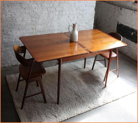 expandable dining tables for small spaces expandable dining table for small spaces