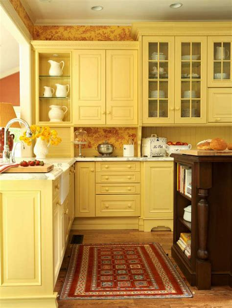 modern furniture traditional kitchen design ideas 2011 - Yellow Cabinets Kitchen