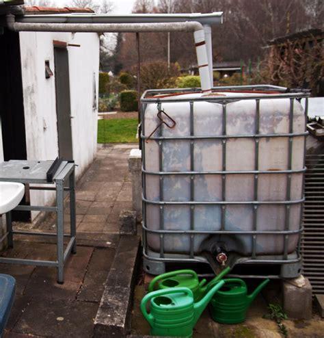 Algen Im Wassertank by Garten 252 Bernahme Regentank Reinigen Oder Entfernen Lassen