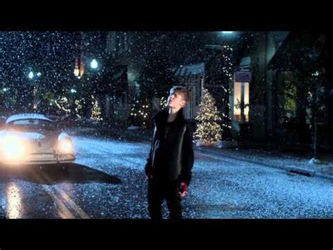 mistletoe justin bieber video justin bieber mistletoe official music video