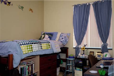 unt rooms honors housing