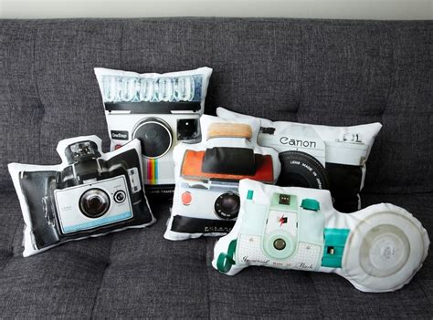 gifts for camera lovers 13 cool home accessories for photography lovers holycool net