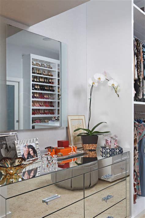walk  closet vanity design ideas