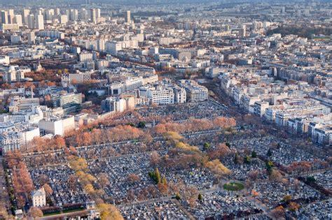De Montparnasse Its Time by Vue Sur Le Cimeti 232 Re De Montparnasse 224 Photo Stock