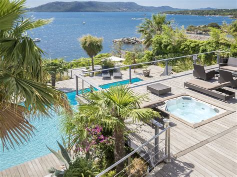 hotel spa porto vecchio villa pieds dans l eau dans le golfe de porto vecchio
