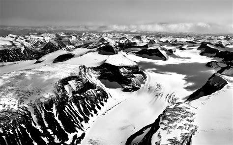 black and white mountain wallpaper snowy mountains black and white photo wallpapers and