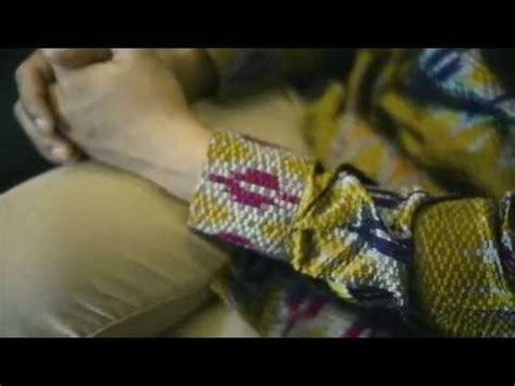V Tenun negarawan tenun batik pria modern indonesia