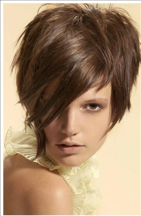 highlighting my long bangs on my pixie haircut long pixie haircuts hairstyles gallery globezhair