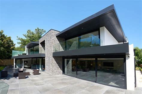 Lovely Contemporary Glass Garage Doors #7: Modern-home-3.jpg