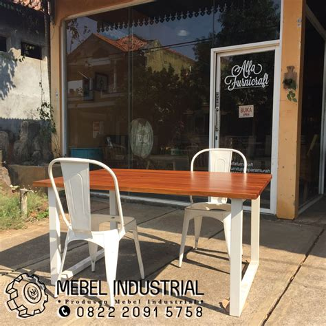Kursi Makan Besi Minimalis kursi meja makan besi resto minimalis mebelindustrial