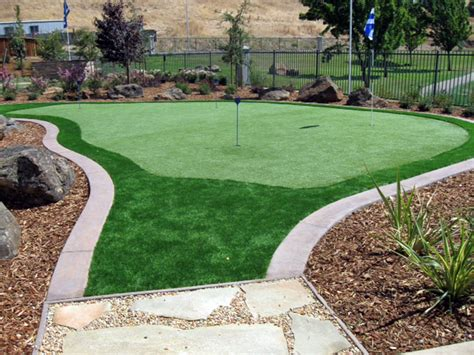 installing a putting green in your backyard best synthetic pasadena california los angeles county