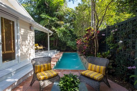 Lap Pools For Narrow Yards Landscaping Ideas And | lap pools for narrow yards landscaping ideas and