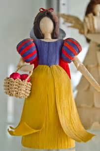 corn husk doll diy corn husk dolls dolls made from 100 corn materials
