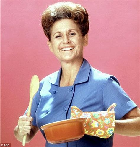 ann davis actress uk 911 call made after the brady bunch housekeeper ann b