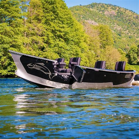 pavati boats review 17 x 61 quot pavati drift boat drift boats by pavati marine