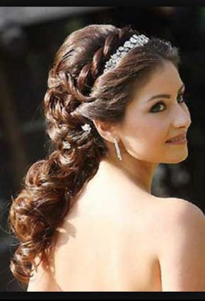 quinceanera hairstyles for long hair with curls and tiara quinceanera hairstyles www stylesgun com