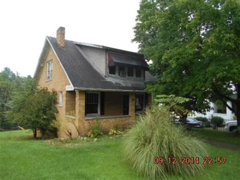 232 oakwood rd charleston wv 25314 foreclosed home