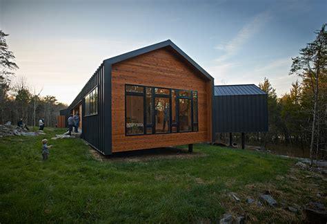 Contemporary House With Cedar And Metal Siding